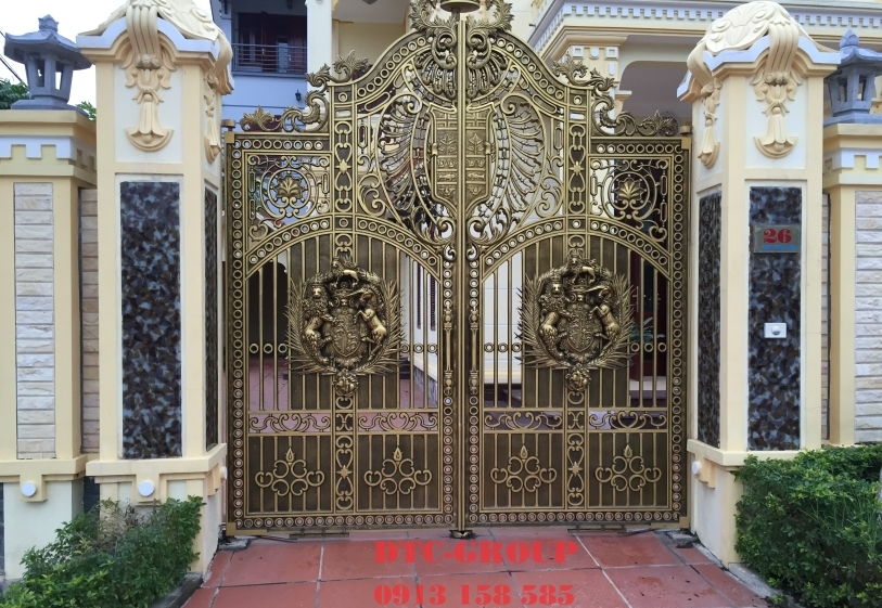 Cửa cổng nhôm đúc, cửa cổng biệt thự 4