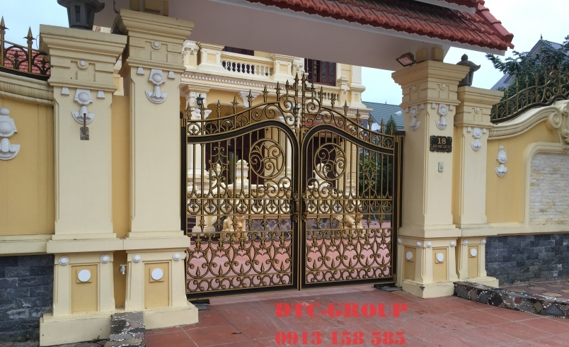 Cửa cổng nhôm đúc, cửa cổng biệt thự 1