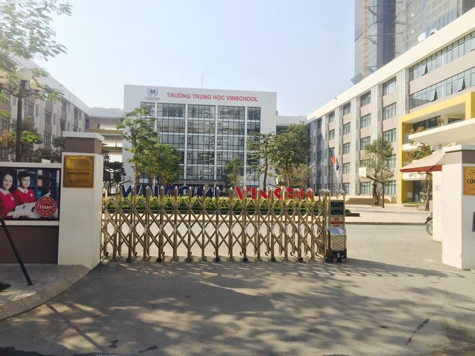 cổng xếp inox 304 hà nội 2